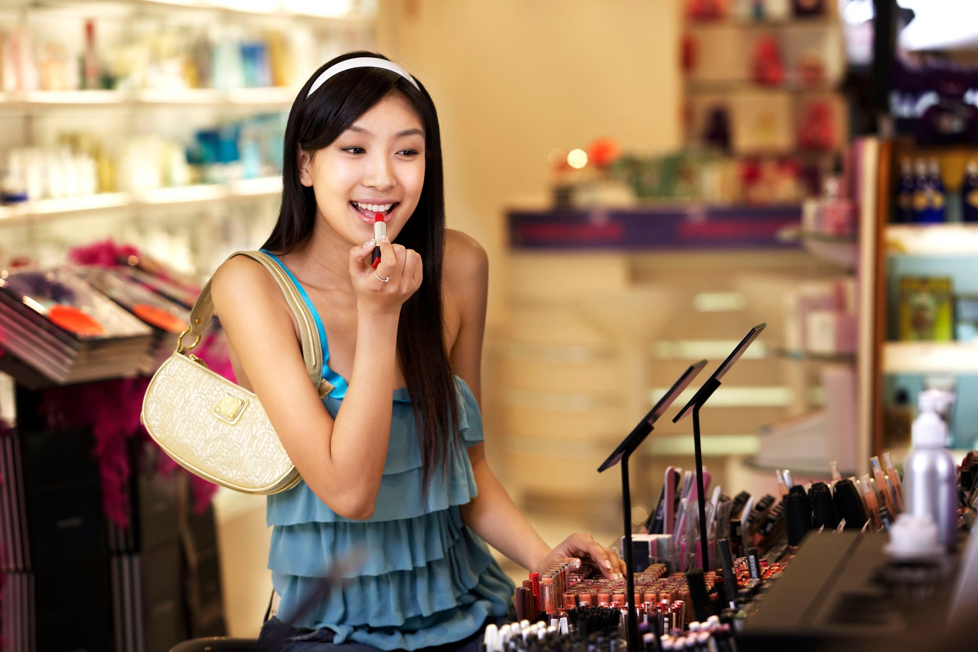 free makeup samples stores 56a3210f3df78cf7727be7f6